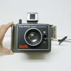 VTG 70s Polaroid Square Shooter